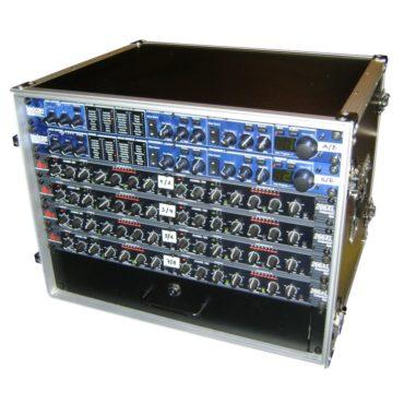 Tontechnisches Equipment in einem Case