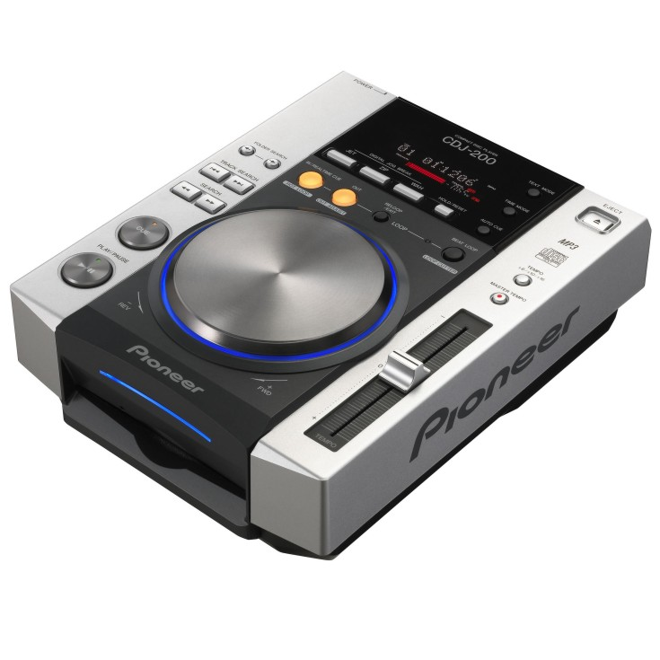200 Pioneer CD Player
