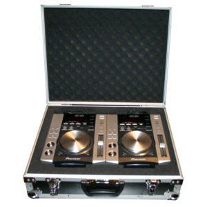2x Pioneer CDJ 200