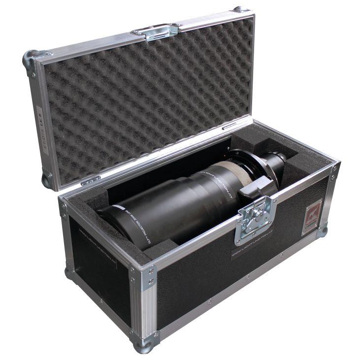 Panasonic Zoom-Objektiv ET-D75 LE8 in geöffnetem Transportcase