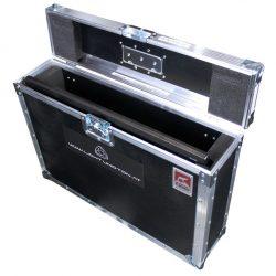 Flatscreen - Monitor 24 Zoll (60cm) Full-HD im geöffneten Transport-Case